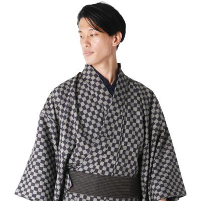 男着物 洗える着物 東レシルック 小紋 袷 市松(紫×ベージュ) モデル着用 (6897)