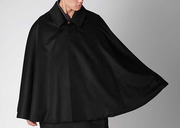 ピュアカシミアのコートを予約販売開始