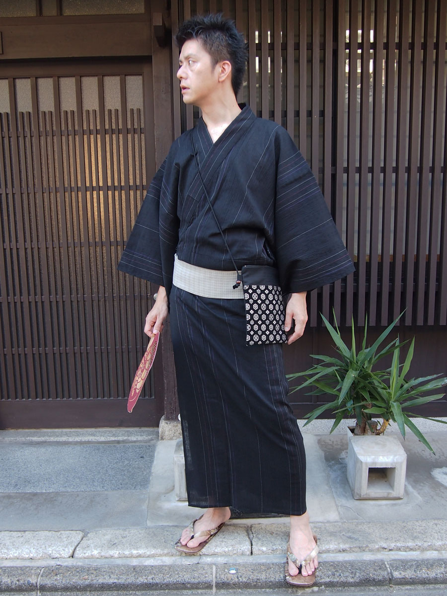 近江ちぢみ綿麻メンズ浴衣セット(色柄黒地に赤紫縞